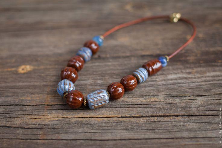 Купить бусы керамика Озёрный край - коричневый, бусы коричневый синий, бусы керамика