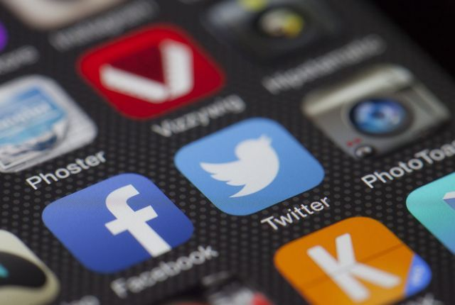 Na društvenim mrežama se dešava više hiljada krađa svakodnevno. Međutim, ono što nas najviše brine jeste to da li će neko iskoristiti naš identitet il