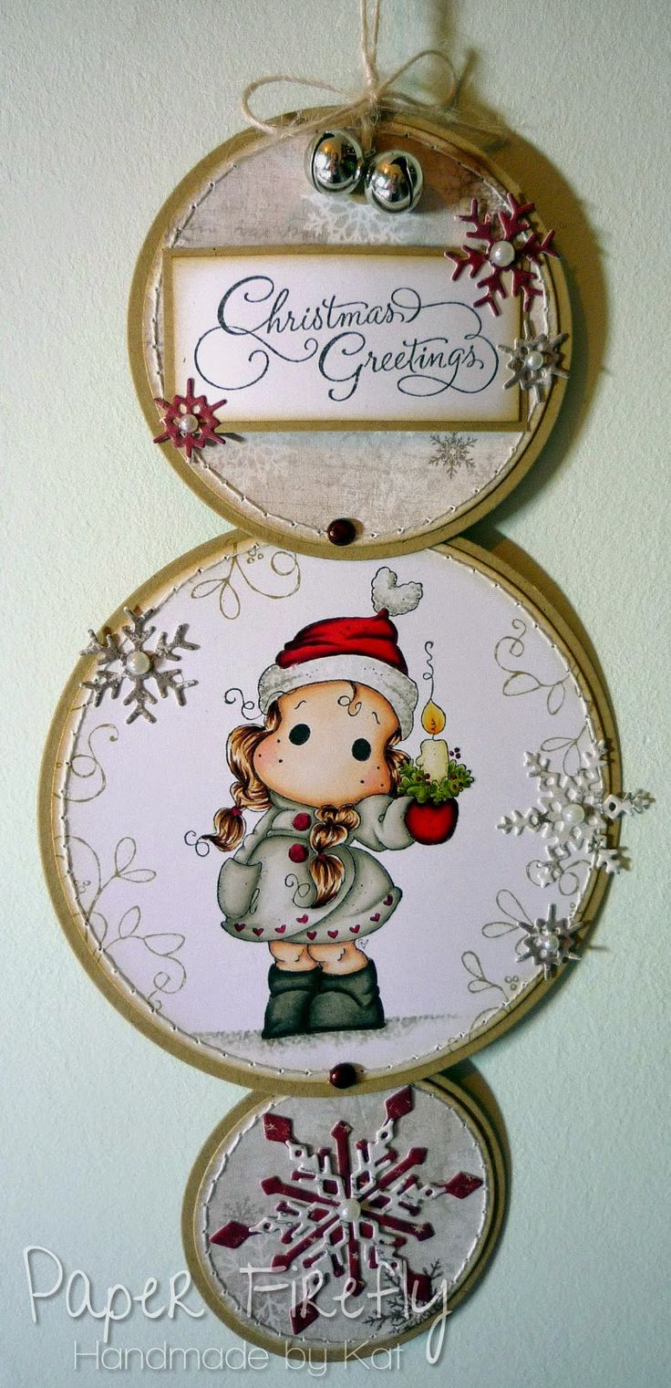 Hanging Christmas card with 3 linked circles and a sweet Tilda image from Magnolia stamps