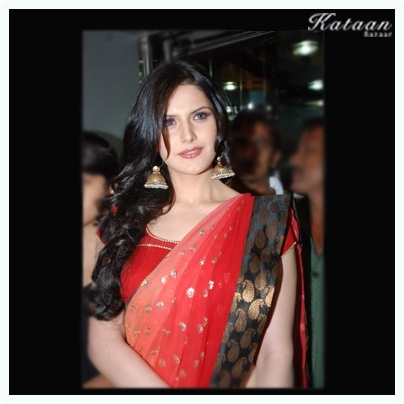 #Zarine Khan in a sizzling RED saree