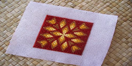 day 58 bargello challenge design - Small diamonds are the centerpieces of this dainty Bargello design found on pp. 130-121 in Bargello: An Explosion In Color by Margaret Boyles.