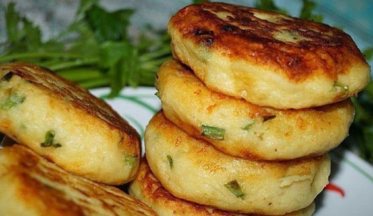 Șnițele de cartofi cu ceapă verde și cașcaval - o rețetă extrem de bună