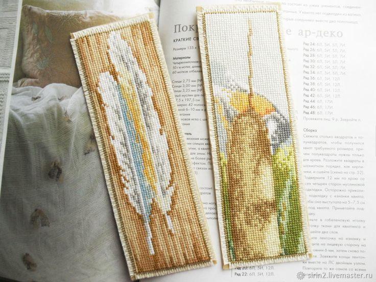 закладки для книг в подарок другу, ручная вышивка крестом, фетр птички – купить в интернет-магазине на Ярмарке Мастеров с доставкой