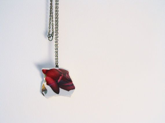 Red Rose Broken Plate Pendant  Necklace by VioletJewelleryCo