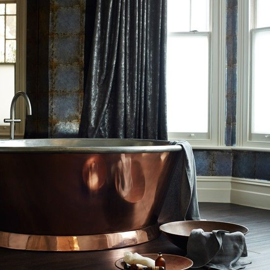 Copper and grey-blue teal make for a rich, deep combination / Glamorous modern bathroom with copper roll-top bath Housetohome.co.uk