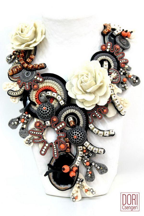 necklaces : Daphne