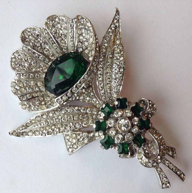 1160 best vintage glam costume jewelry images on pinterest for Art deco costume jewelry