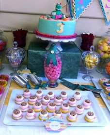 The Inspired Occasion: A Dorothy the Dinosaur Tea Party - Part 1 Themeing