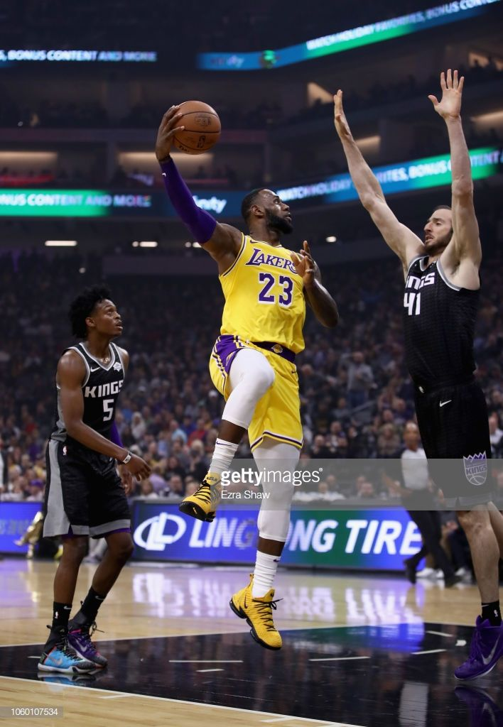 Lebron James Of The Los Angeles Lakers Shoots Over Kosta Koufos Of Lebron James Lebron King Lebron James