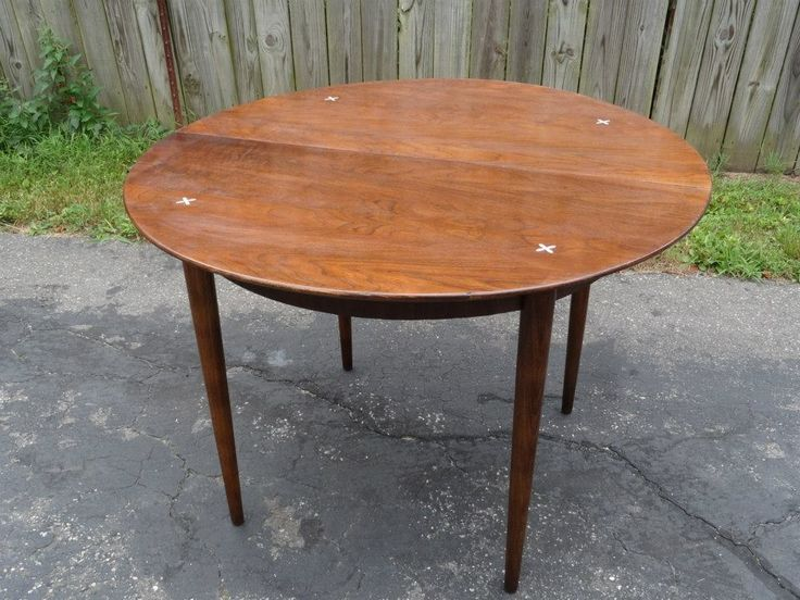 American of Martinsville table - sadly missing the leaf