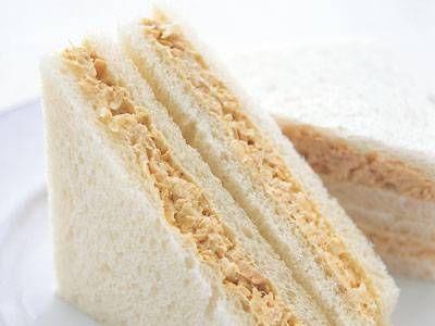有元 葉子 さんの食パンを使った「ツナサンド」。ツナは汁けをきるのがコツ。たまねぎの食感もポイントです。 NHK「きょうの料理」で放送された料理レシピや献立が満載。