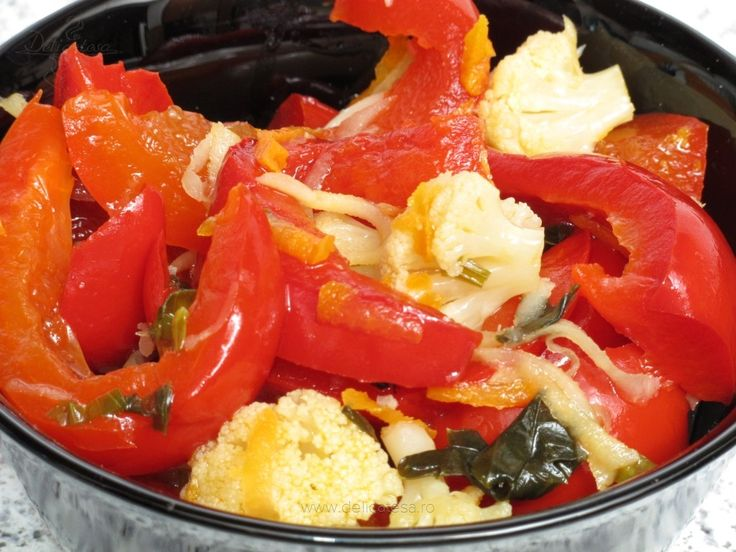 Salata de gogoşari cu conopidă