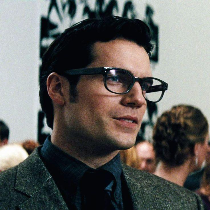 Henry ️   Henry Cavill   Pinterest   Glasses, Henry cavill ...