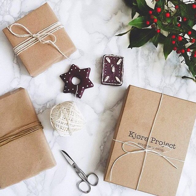 Last calling to Christmas Gifts, deliveries worldwide in 3/4 days, via FedEx-Dhl-Gls!!  #Kjøre #shipment #fedex #dhl #gls #christmas #gifts #havana #paper #packaging #photo #igers #instagram #premium #newzealand #natural #tanned #oil #evolution #leather #love #minimal #design #pu89 #pitti #florence #italy #seek #berlin #germany @kjoreproject