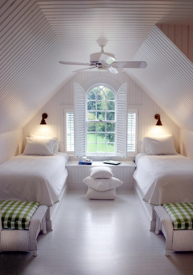 Window and Shutters for a bathroom - clean lines - easy to clean - no dampness - insulating -