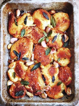 Best roast potatoes via Jamie's Ultimate Christmas