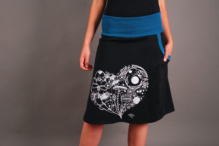 """Faldas por la rodilla - Falda serigrafía """"Hera"""" (negra/ azul ... - hecho a mano por moondeval en DaWanda"""