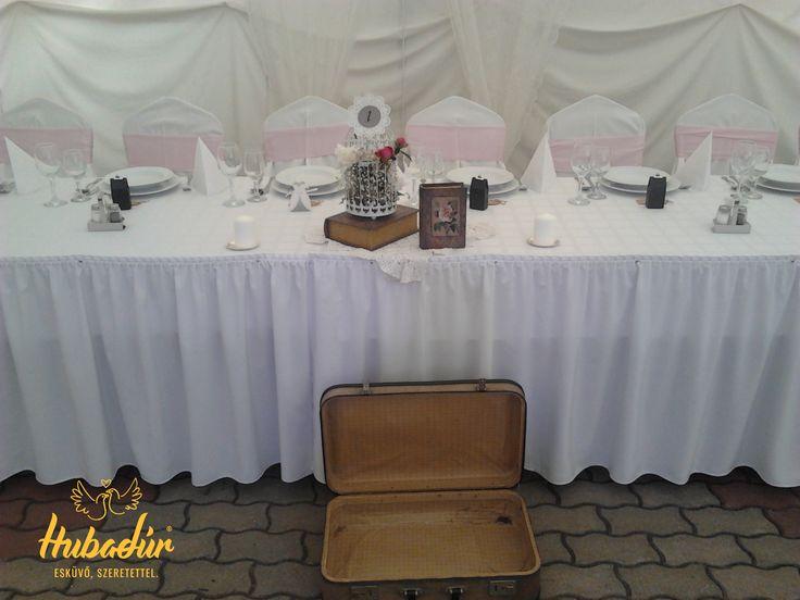 Esküvői dekoráció - vintage Esküvői dekor - rózsaszín (Kecskemét, Bajor Étterem, Dekoráció: Love DIY Wedding, fotó: Hubadúr)