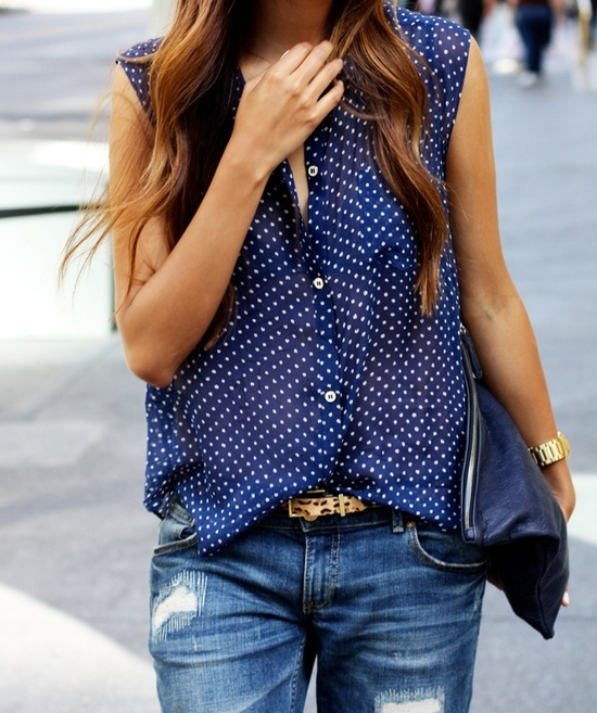 denim. dots. and a tiny leopard pop. don't normally do leopard, but i like this.
