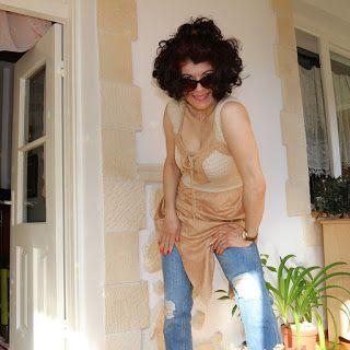 uncinetto moda e fantasia: maglia in macrame e imitazione di daino.....