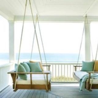 Porch overlooking the Ocean!