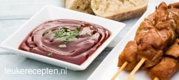 Zelfgemaakte barbecuesaus  BIJGERECHT – 5 MINUTEN – 8 PORTIES *  In een paar minuten zet je deze heerlijke bbq saus op tafel