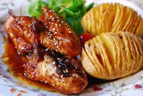Cuchillito y Tenedor: Alitas de pollo a la soja con patatas Hasselback.