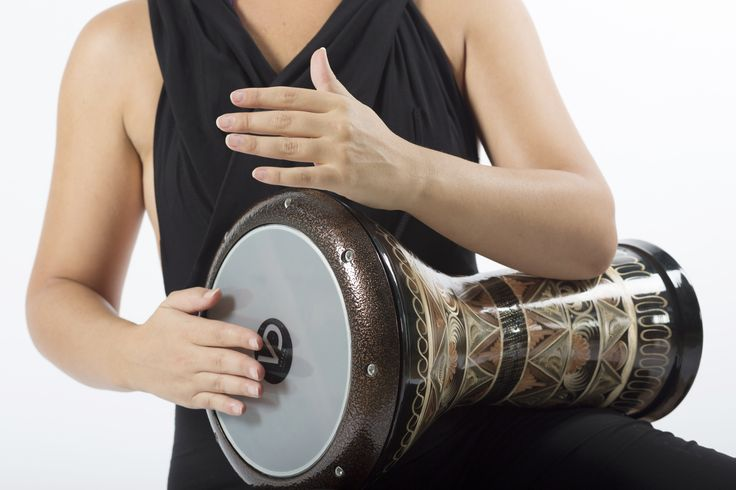Uno strumento di gioia, tradizionale e festoso: la Darbuka. Francesca Fiore ci condurrà alla scoperta dei ritmi e del tempo, in un viaggio entusiasmante e coinvolgente con le percussioni arabe. Sarà divertente imparare a suonare in un gruppo, creare delle sequenze ritmiche con passione e conoscere culture lontane. LEZIONE DI PROVA GRATUITA tel. 02 87063326 - 3420175218 info@spazioaries.it - www.spazioaries.it