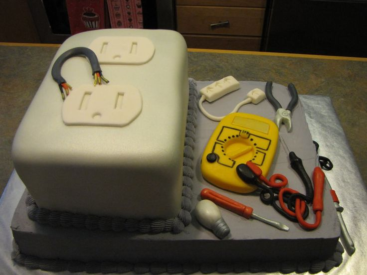 Perfect Grooms Cake for my future electrician