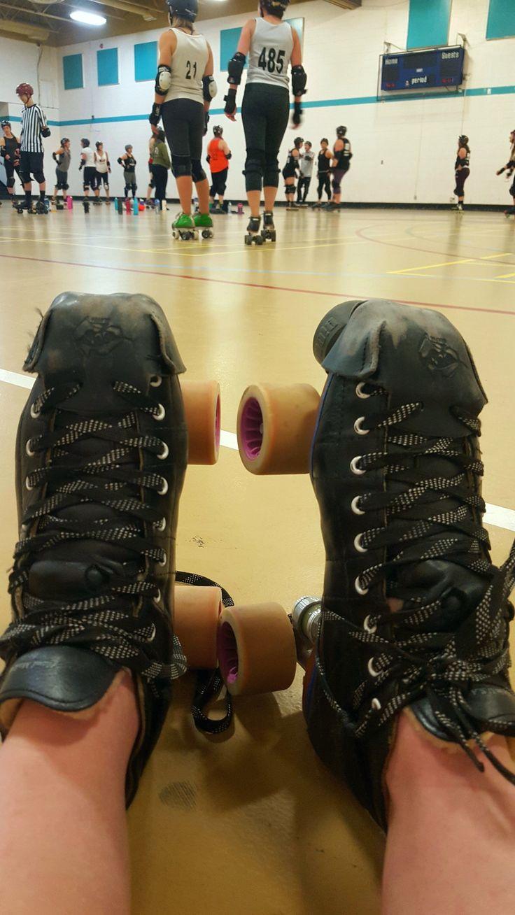 Zoella roller skates - 25 Best Ideas About Roller Skating On Pinterest Skates Roller Derby And Retro Roller Skates