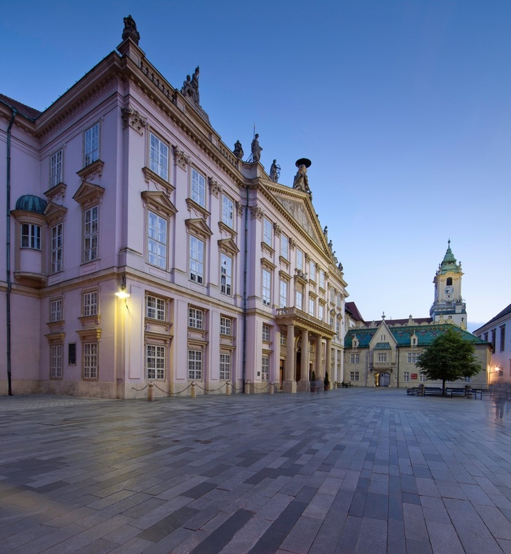 """Primatial Square (Primacialne namestie). One of Bratislava's most beautiful squares, which is ruled by the """"king"""" of Bratislava's palaces, is part of this area of  the Old Town. It was built between 1778 and 1781 on the site of an old Archbishop palace."""