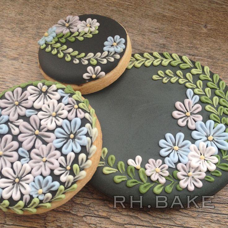 Flowers... By RH. BAKE https://www.facebook.com/rh.bake