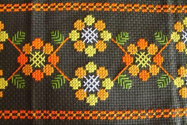 Scandinavian Tablecloth 刺繍クロス◎6テーブルクロスステッチレトロ 北欧 インテリア 雑貨 家具 Modern ¥2980yen 〆12月02日