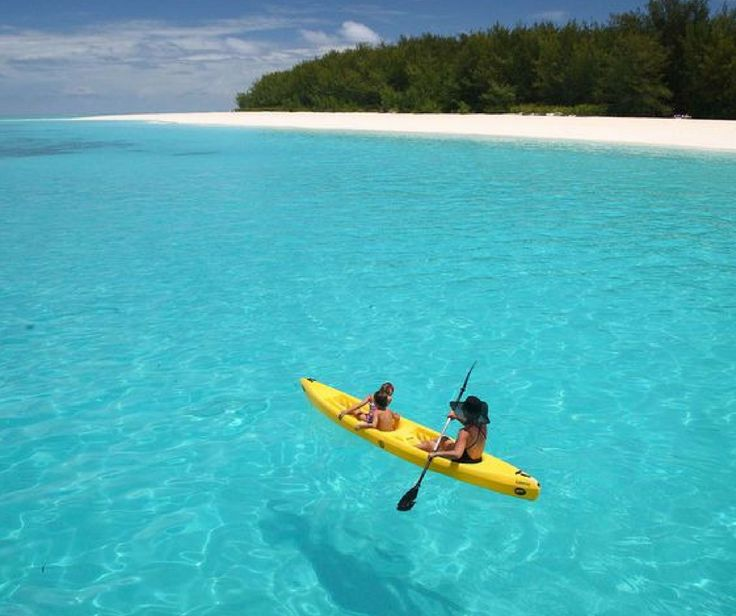 Wegdromen op Zanzibar was al aantrekkelijk, maar zéker na het zien van deze super prijs! Jij kunt namelijk 9 dagen gaan genieten van lange zandstranden, de azuurblauwe zee en een heerlijke temperatuur! Wie neem jij met je mee? ❤ https://ticketspy.nl/deals/eind-november-9-dagen-naar-het-paradijs-zanzibar-va-e469/