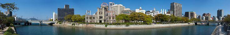 Efemérides :: 6 de agosto Vista del Monumento de la Paz de Hiroshima. La Cúpula Genbaku la cual permaneció en pie después del bombardeo se ve claramente al centro de la imagen. El blanco original de la bomba era el puente Aioi a la izquierda en la vista panorámica. 133 a.C. Tras siete años de resistencia los defensores de Numancia queman la ciudad y se arrojan a las llamas antes que rendirse a los romanos. 1002. Durante la Batalla de Calatañazor enfrentamiento entre una coalición…