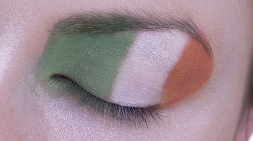 The Irish Flag has three vertical stripes, from left to right: green, white and orange. The flag was first used in 1848, and symbolizes hope and political peace. The green represents the Catholic population of Ireland, while the orange represents Irish Protestants. The middle stripe of white symbolizes a wish for harmony and unity between the two.