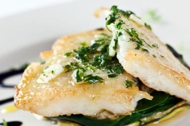 Baked Flounder Fillets with Spinach and Parmesan Topping: Fish Fillets with Spinach