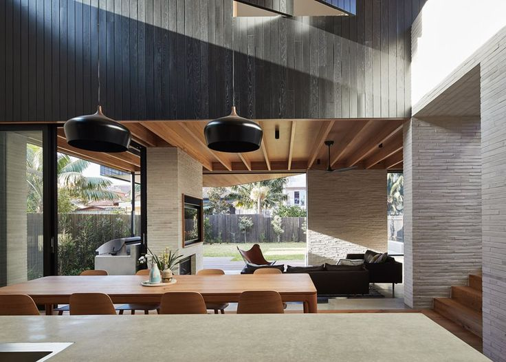 Sydney firm Andrew Burges Architects has redesigned and, in the process, redefined an existing home in the narrow and cloistered streets of North Bondi.