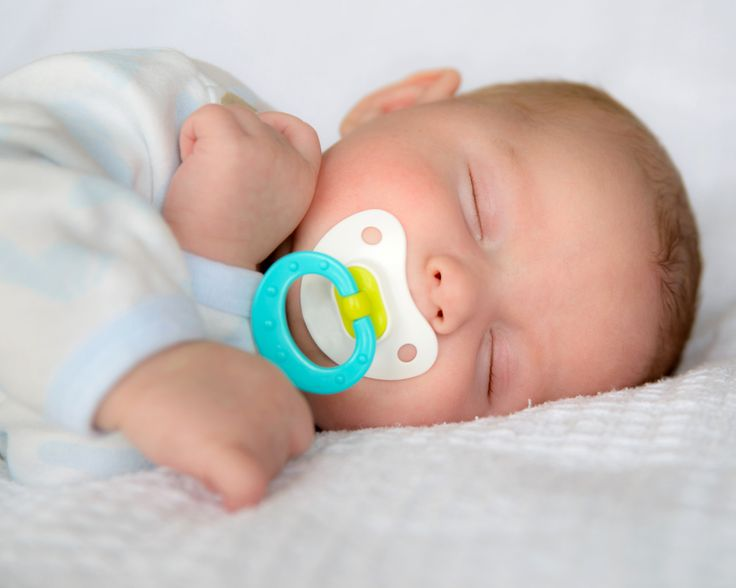 Should You Give Baby A Pacifier? Are Pacifiers Safe? - An ...