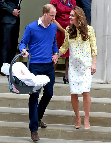 Kate Middleton and Prince William depart the Lindo Wing with their newborn daughter at St Mary's Hospital on May 2, 2015 in London, England.: