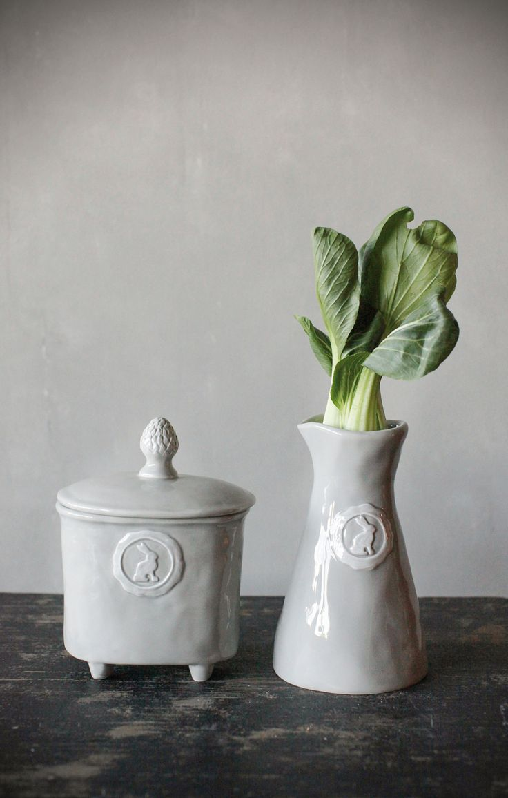 Abbeville Dolomite Pitcher & Canister with Rabbit Grey