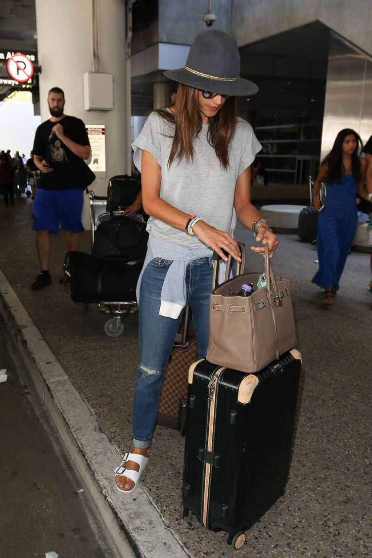a fashionlines — vicsecretmodels: Alessandra Ambrosio. ...