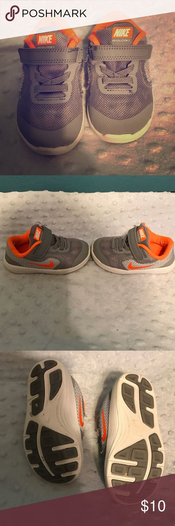 Nike Revolution Toddler size 6 sneakers! Show some signs of wear but still in good condition. Very comfortable sneakers for little boys who like to run around! Nike Shoes Sneakers