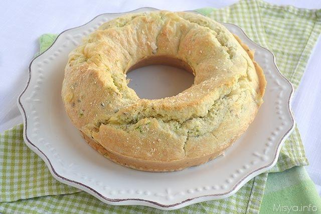 Ciambella salata agli albumi, scopri la ricetta: http://www.misya.info/ricetta/ciambella-salata-agli-albumi.htm
