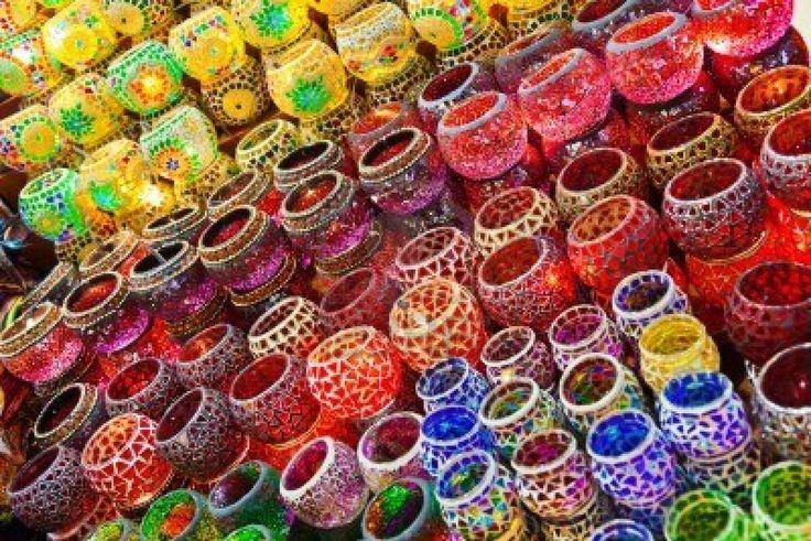 Lámparas Turcas En El Mercado En Estambul, Turquía Fotos, Retratos, Imágenes Y Fotografía De Archivo Libres De Derecho. Image 11979061.