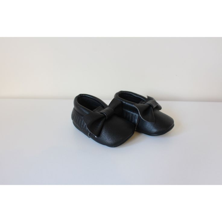 Black Bow Moccasins baby infant shoes💛 $19.99