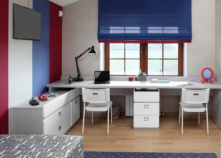Фотография: Детская в стиле Современный, Интерьер комнат, рабочее место школьника, рабочее место дома, рабочее место в детской – фото на InMyRoom.ru