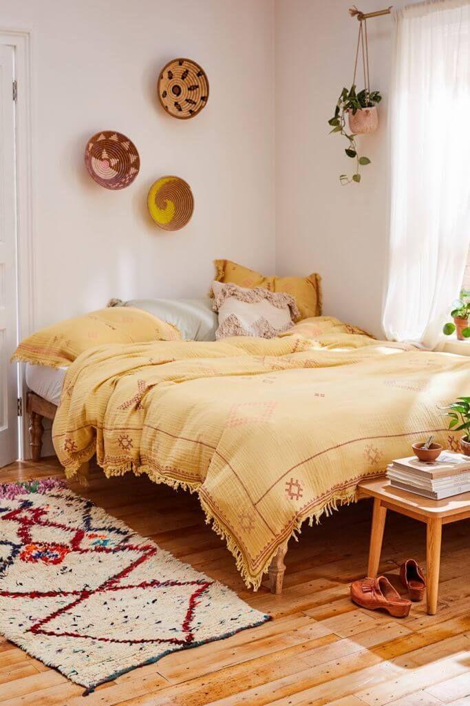 24 Fabulous Bohemian Decor Ideas For A Charming Bedroom Look Bedroom Inspirations Bedroom Design Home Decor