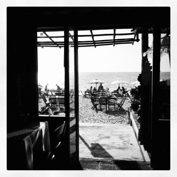 Beach in Bali - Through the door..