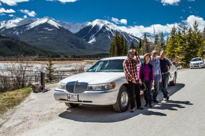 Sightseeing in #banff never looked so good!!  #tour #luxury #sightseeing #tour